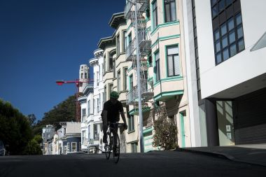 Mortgage Rates Hold Steady as Housing Market Stresses Mount